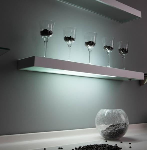 明装玻璃层板灯